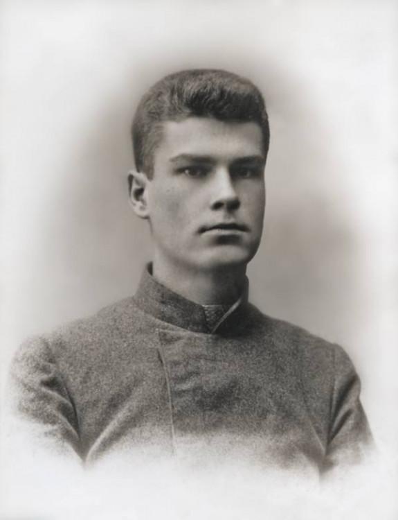 Максим Адамович Богданович (27 ноября 1891, Минск — 12 мая 1917, Ялта)